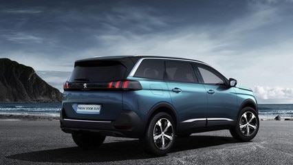/image/90/3/peugeot-new-5008-suv-exterior-rear-view-gallery.209903.jpg